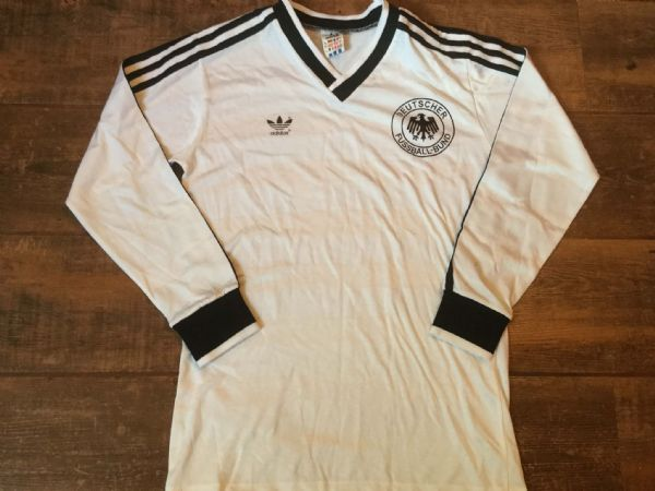 f17e63514 1984 1986 West Germany L s Football Shirt Trikot Adults Small Original Top .